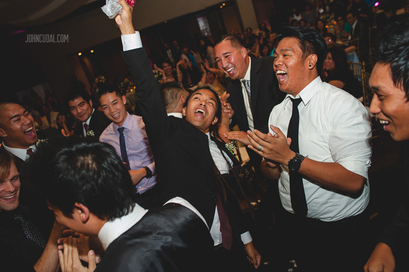 los angeles photojournalistic wedding photographers