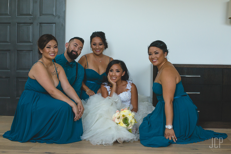 bridal party portrait ideas