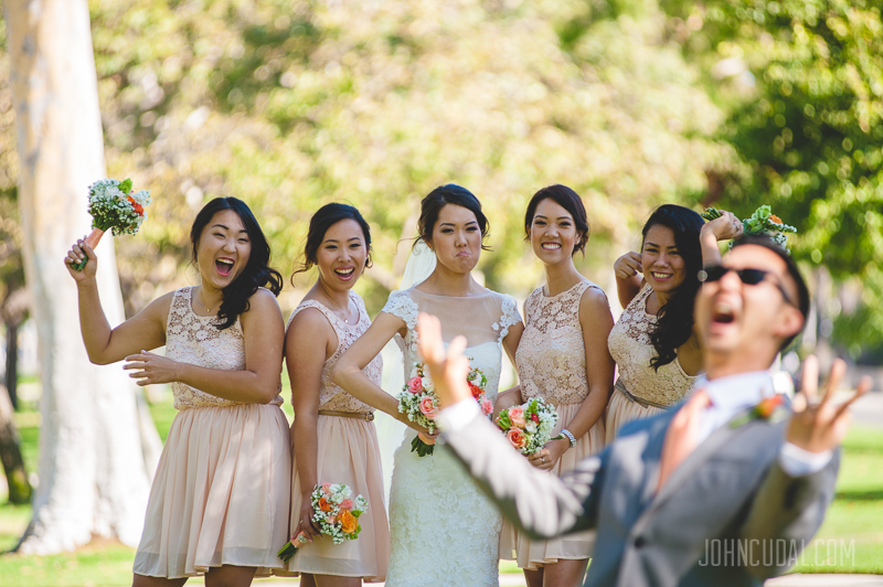 fun bridesmaids group photos